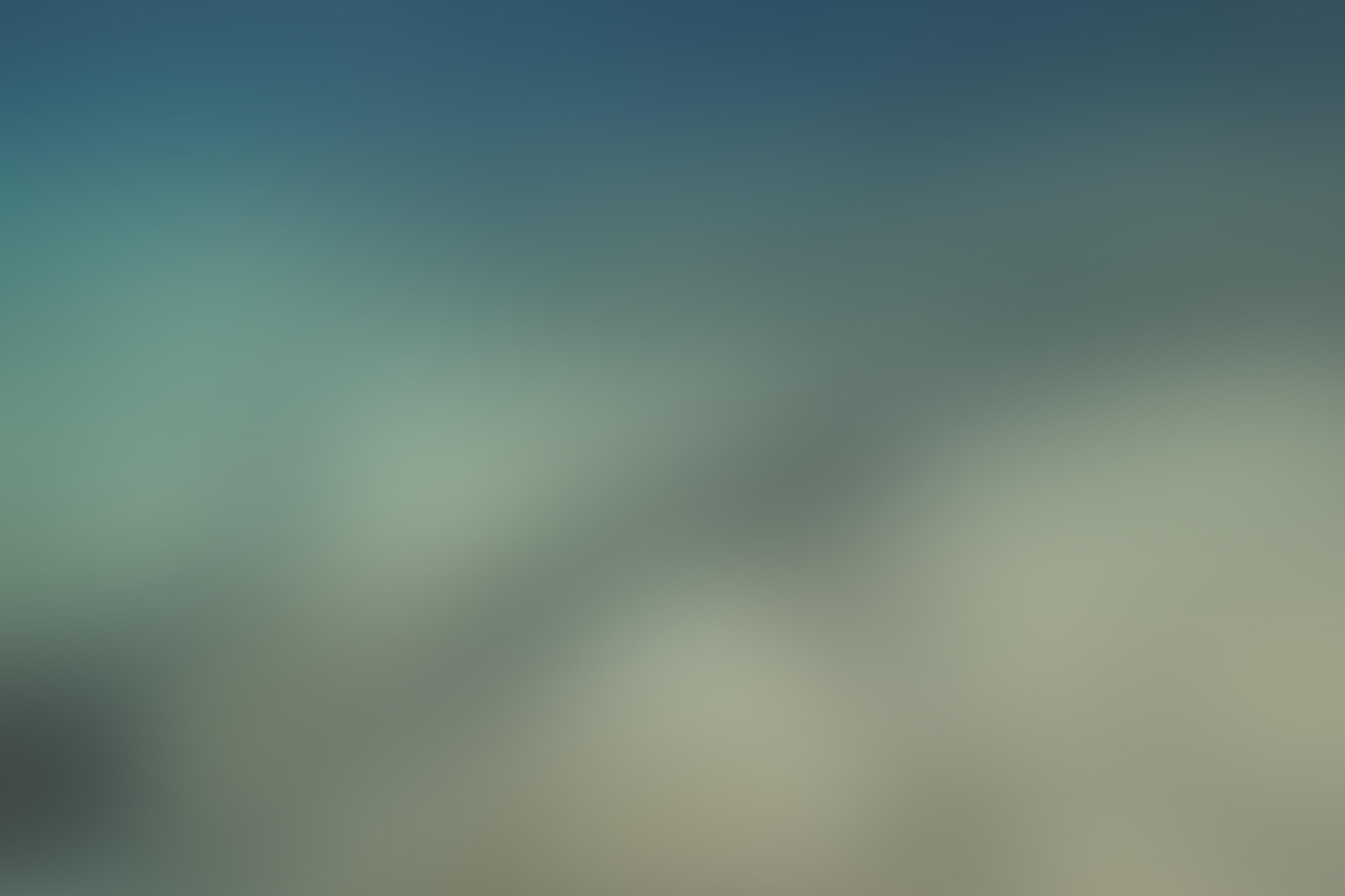 underwater-blurred-background