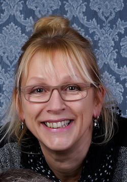 Hannie Rieuwerts (voorzitter)