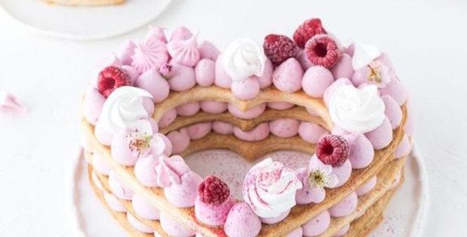 Taglia biscotti di cuore per la Cream Tart