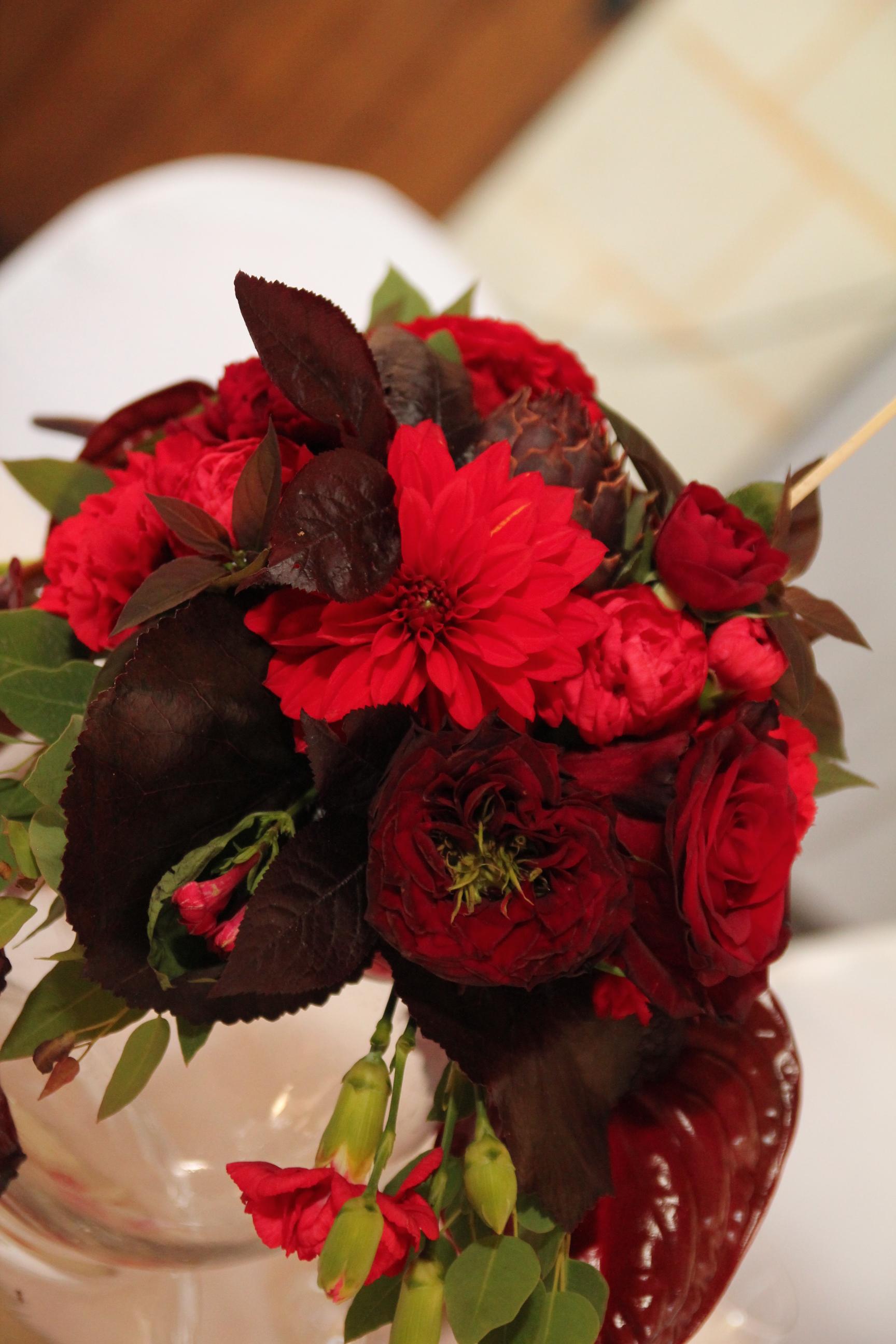 bouquet de table mariage rouge