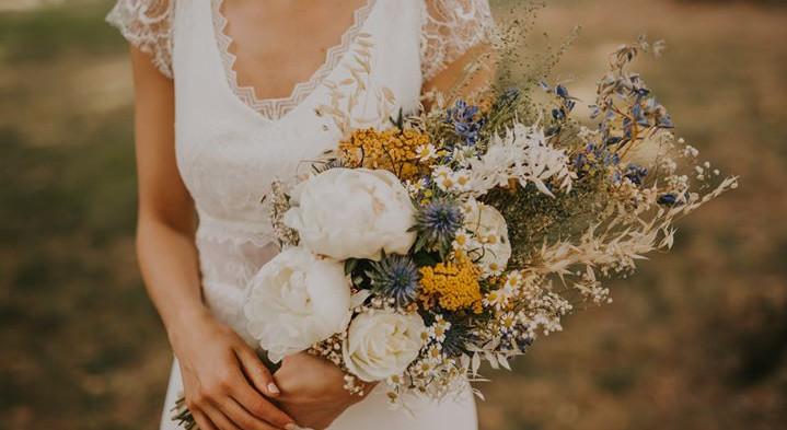 Bouquet de mariée tendance fleurs séchées