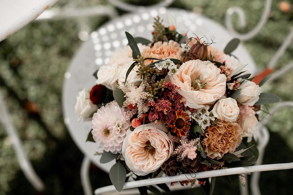 Bouquet de mariée bohème nude et terracotta