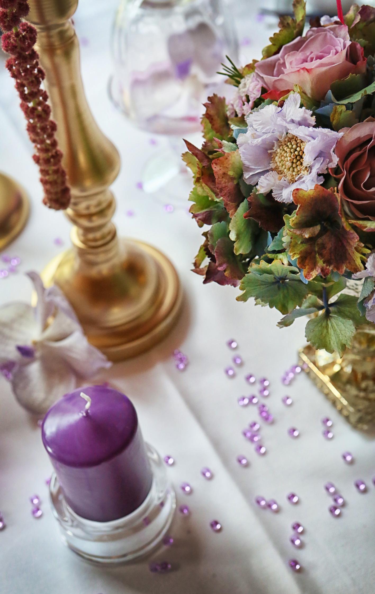 centre de table violet parme et doré