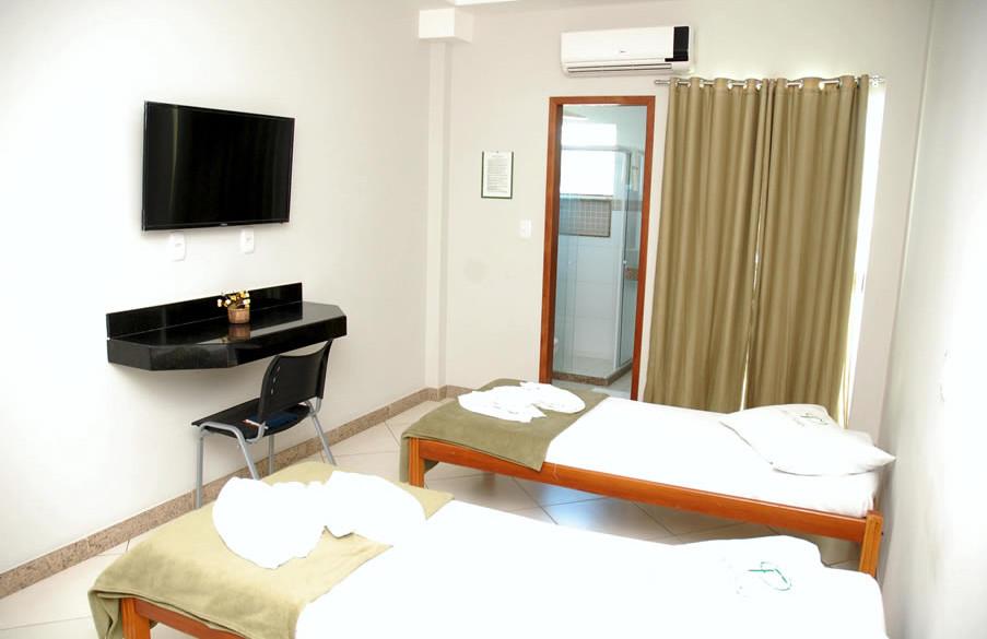 rede-ferrari-hotelaria-3.jpg