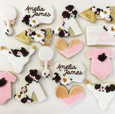 Baby shower sweets from last weekend! 🌸🍃