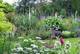 karen_days_garden_p1040556_b-768x513.jpg
