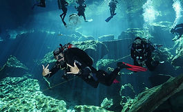 Scuba diving in Cenote Kukulkan