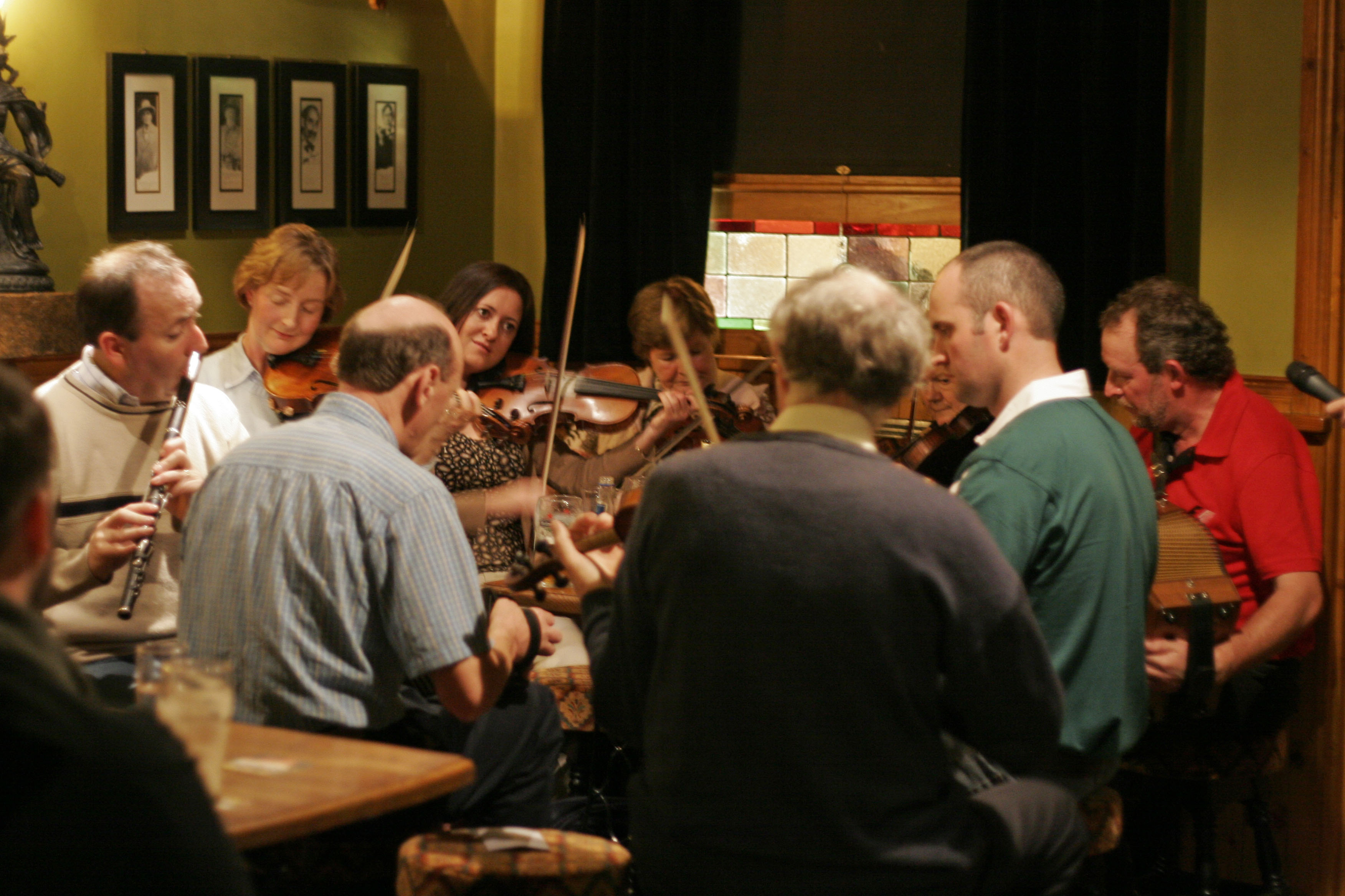 Fiddlers Retreat Irish Pub Sessions
