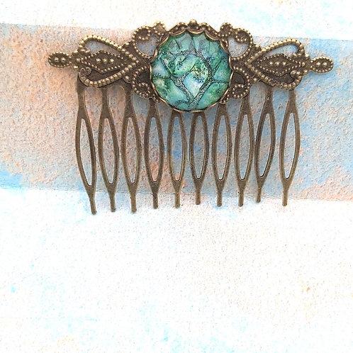 Jade Willow Bronze Comb
