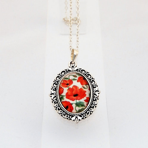 Poppy Mini Ornate Necklace