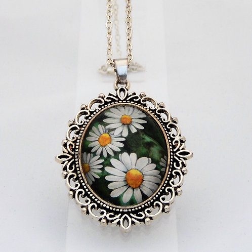 Vintage Daisy Ornate Necklace