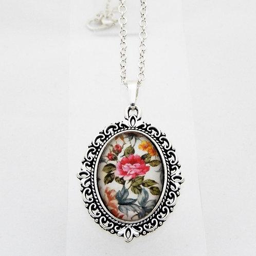 Briar Rose Mini Ornate Necklace