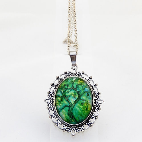 Jade Willow Ornate Necklace