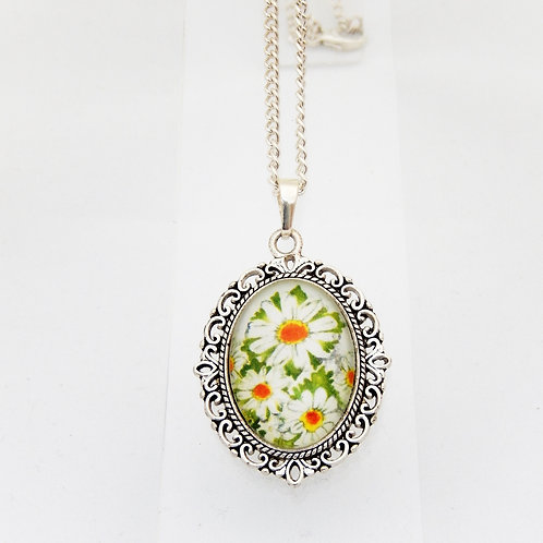 Daisy Mini Ornate Necklace