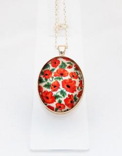 Poppy Delicate Pendant Necklace