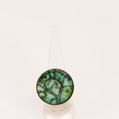 Jade Willow Round Ring