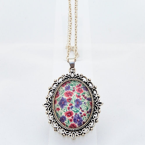 Sweetpea Ornate Necklace