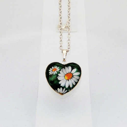 Vintage Daisy Heart Necklace