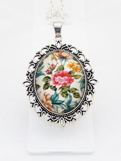 Briar Rose Ornate Pendant Necklace