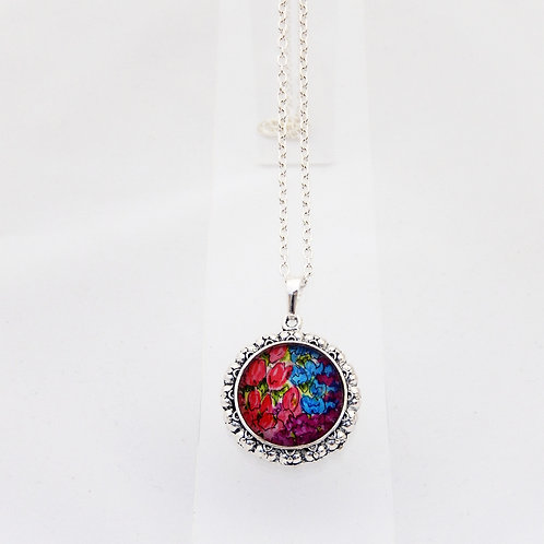 Countryside Florals Round Ornate Necklace