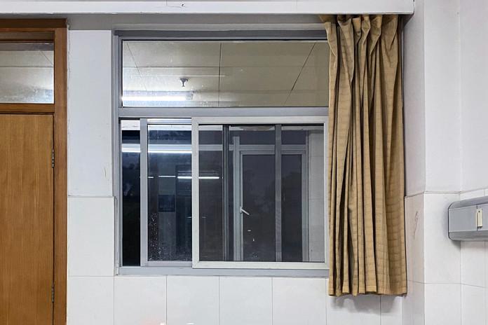 Window_18.jpg