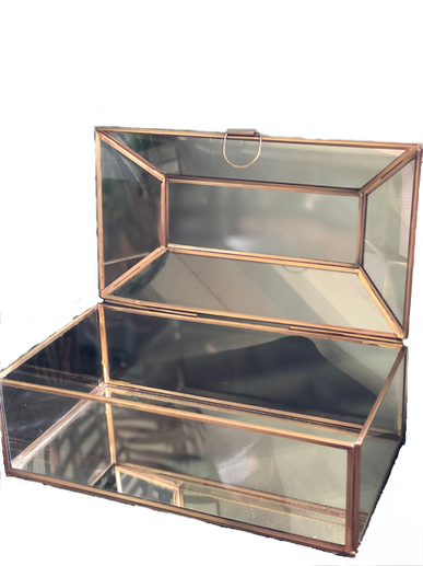 rectangle-gold-trimmed-glass-box