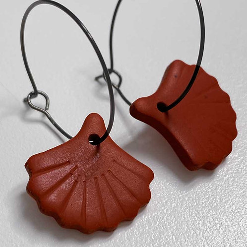 Boucles d'oreilles coquillage (nakimi.ch)