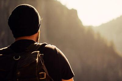 hiking-1031383_960_720_edited.jpg