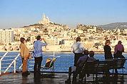 Faire-du-tourisme-a-Marseille1_edited.jp