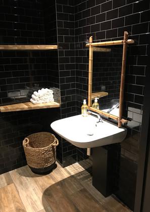 Syrah-toilettes_3756.jpg