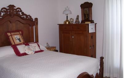 Apartment-Bedroom.png