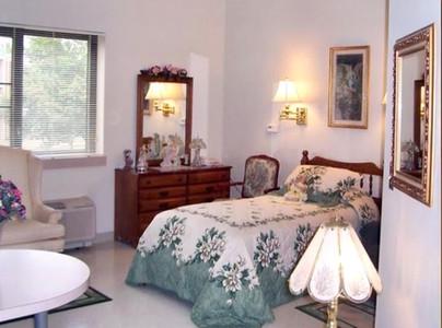 Apartment-Bedroom.jpeg