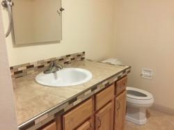 Bathroom  (Full).JPG