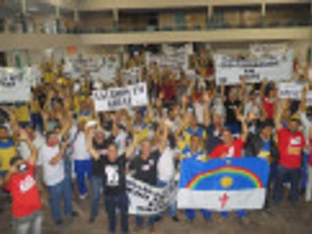 Em assembleia, ecetistas aderem à greve nacional