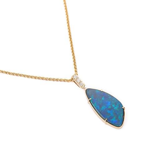 Black opal gold necklace with diamonds