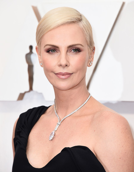 charlize theron tiffany and co diamond necklace