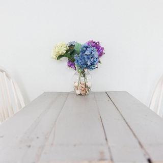 CRAB_Table_Flowers_04.jpg