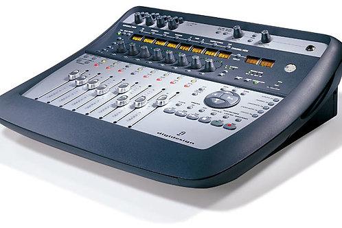 Console de mixage et console de remote DIGIDESIGN 002