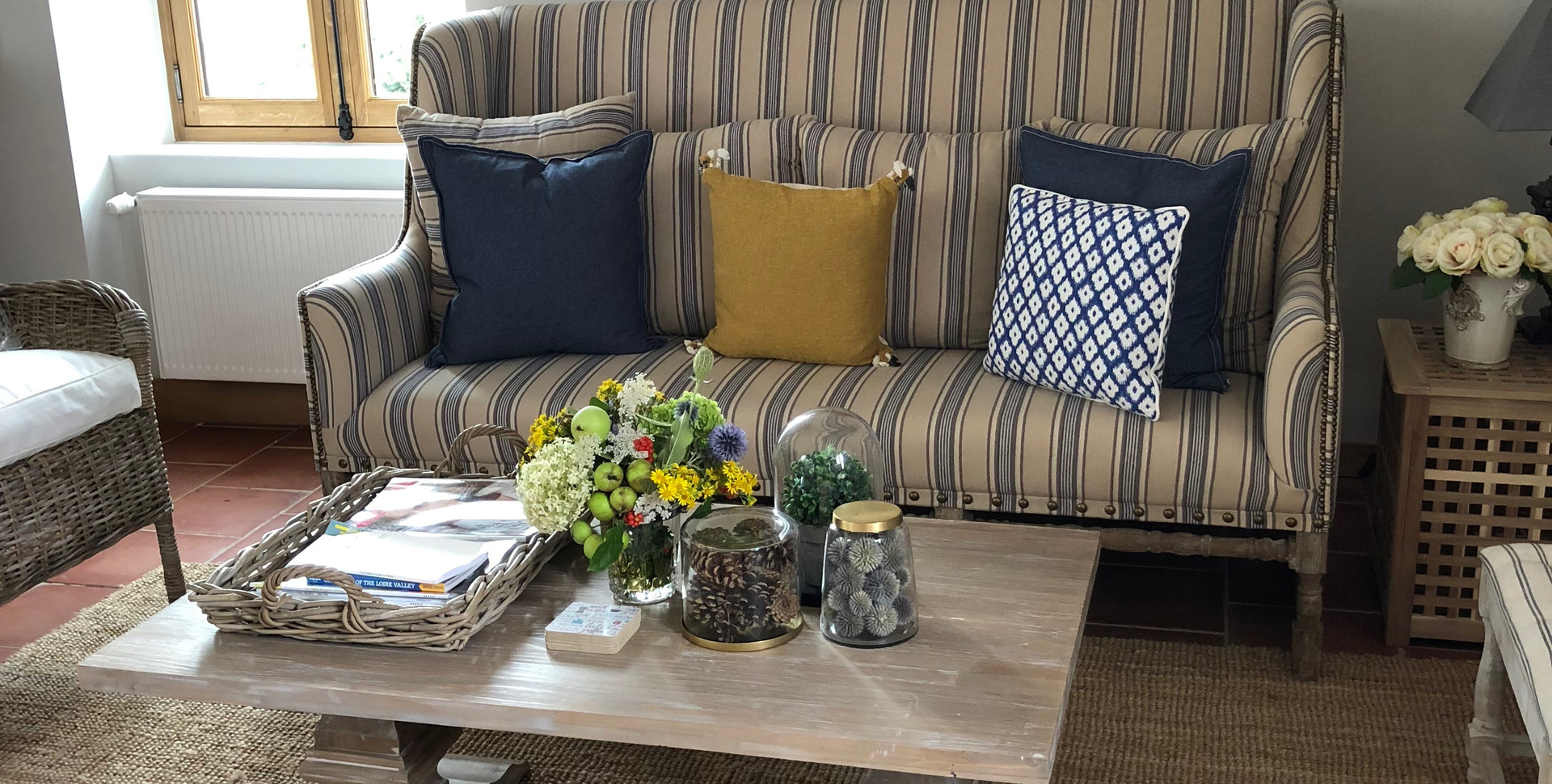 Image 2 GH Living Room.JPG