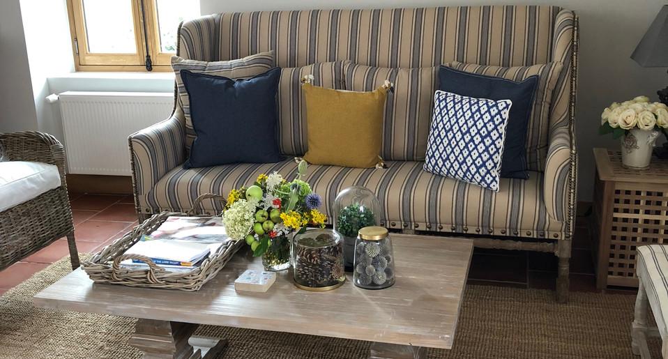 Image 2 GH Living Room.JPG