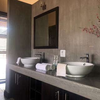 Bathroom Horrido Safaris