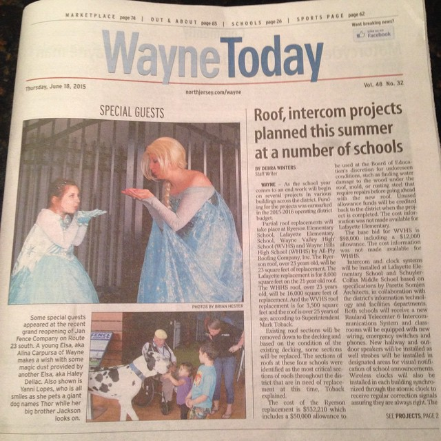 #WeHereLive #princesses #giant #dog #small #children #waynetoday Thur June 18