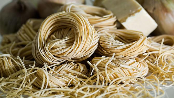 Monday Eats: Italian Sausage w/ Wheat Pasta & Mozzarella Sauce