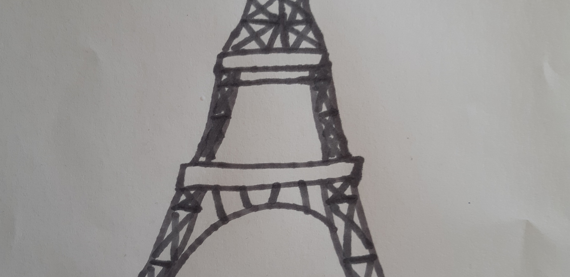 Alice Tour Eiffel.jpg