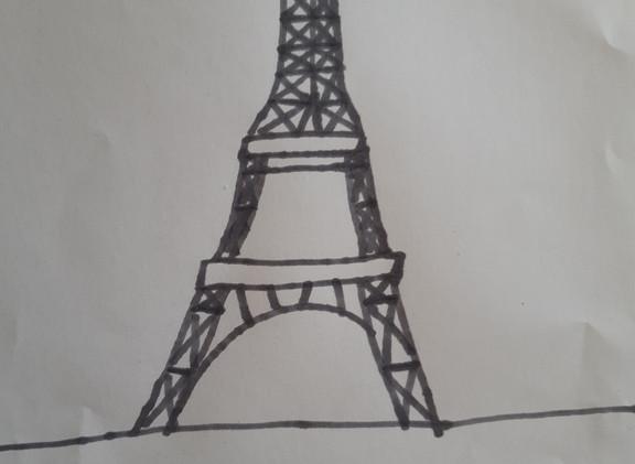 Alice Tour Eiffel.jpg