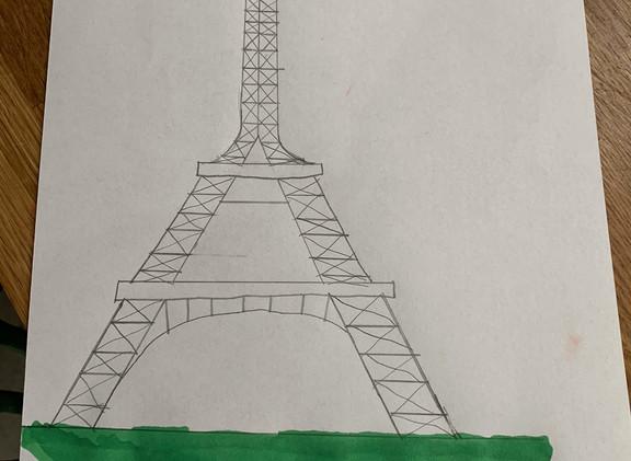 Molly Tour Eiffel.jpeg