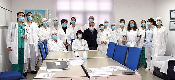 El equipo médico de Luanco sigue siendo el mismo a pesar del aumento de la población en Luanco. (L. VENTURA)
