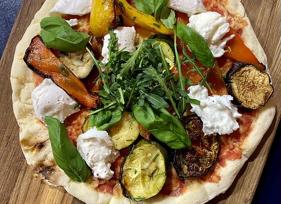 Verse pizza met buffelmozzarella en gegrilde groente