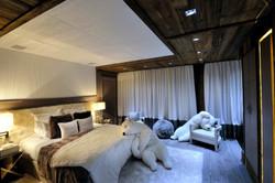 chambre design vieux bois