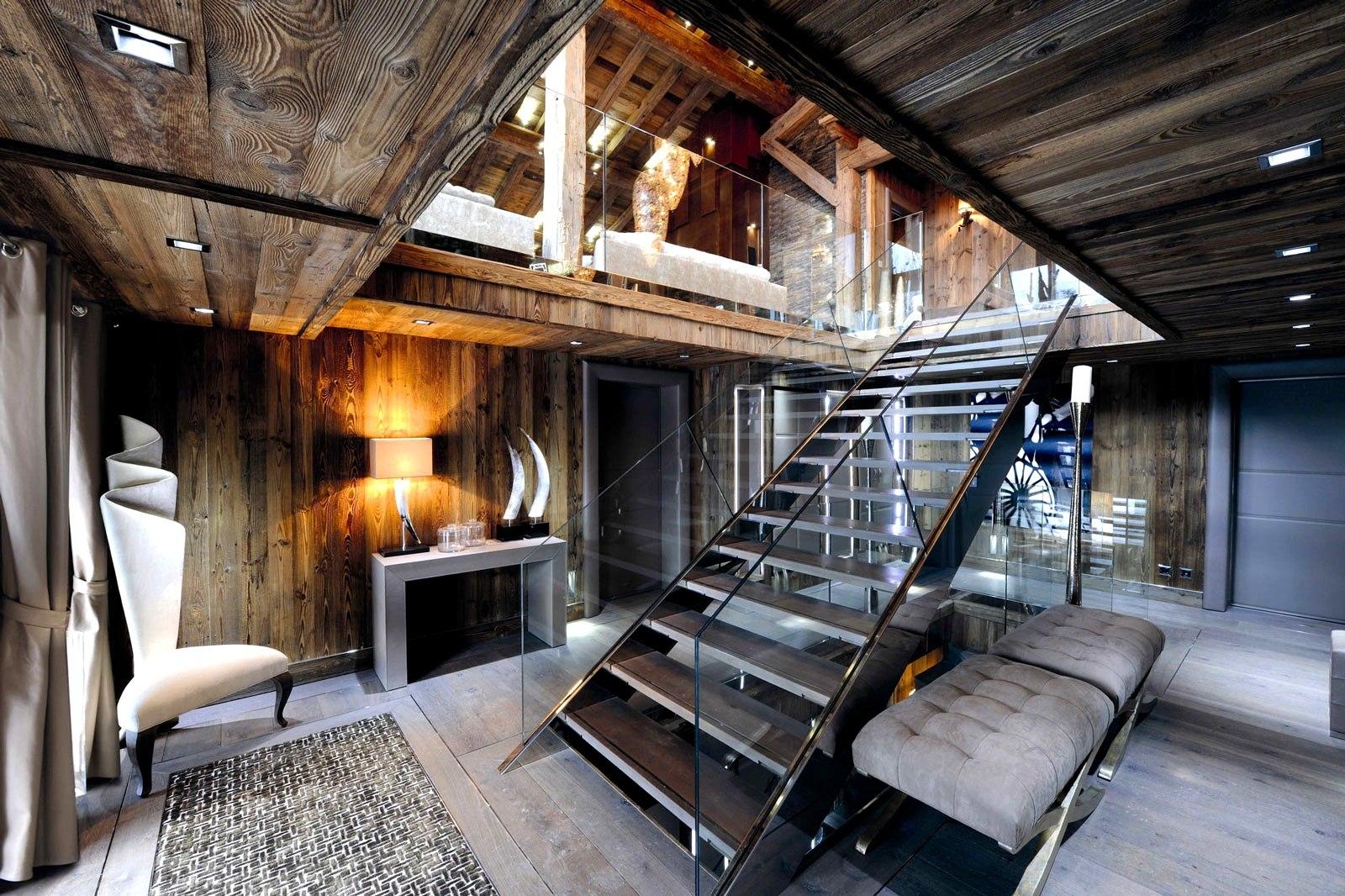 escaliers vieux bois